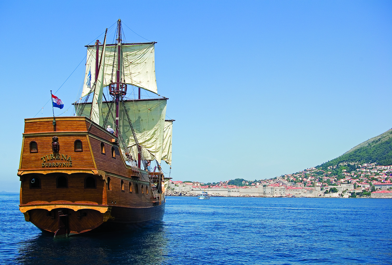 Swimming By Galleon Galleon Tirena